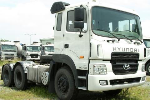 Đầu kéo HYUNDAI HD700